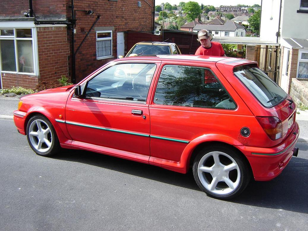 red j reg fiesta rs turbo pics added   cars for sale